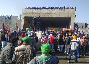 Unfazed Indian Farmers Continue Protest Against New Laws