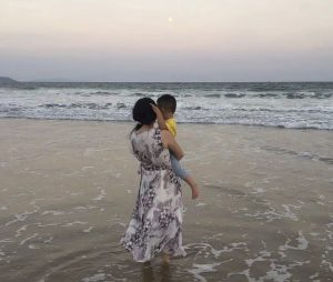 Denied Benefits, Chinese Single Moms Press for Change