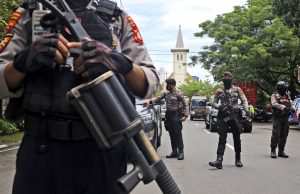 Suicide Bomb Hits Palm Sunday Mass in Indonesia, Wounding 20