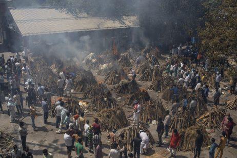 La catastrophe du COVID-19 en Inde : Chroniques d'agonie et de douleur sur le terrain