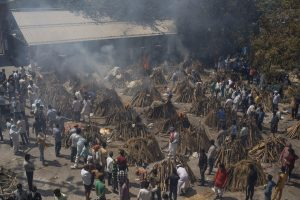 India's COVID-19 Death Toll Tops 400,000; Experts Say It's Higher