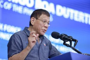 Philippine President Imposes Cabinet Gag Order Over South China Sea