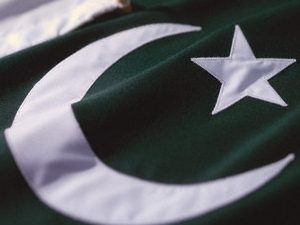 Pakistan Seeks to Punish Criticism of Army