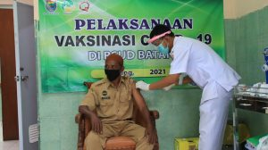 Indonesia Targets 1 Million Daily COVID-19 Vaccinations