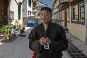 New President of the Tibetan Exile Government Hopes to Resume Talks With China