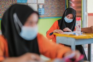 Malaysia Announces Massive COVID-19 Aid Package as Thailand Tightens Restrictions