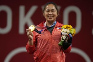 Olympic Champion Hidilyn Diaz Deserves an Apology From the Philippine Government