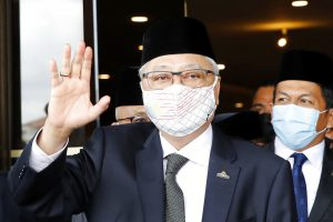 Malaysia's Longest-Governing Party Seems Set to Reclaim PM Post