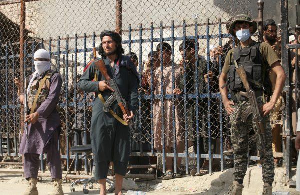 La victoria de los talibanes afganos impulsa a los radicales de Pakistán: The Diplomat