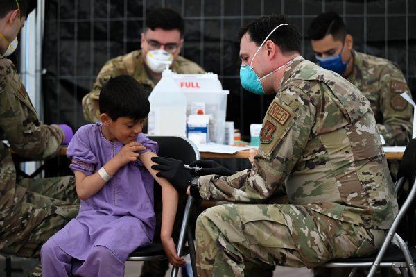 Estados Unidos reanuda vuelos de refugiados afganos después de las vacunas contra el sarampión: The Diplomat