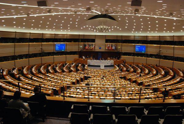El Parlamento de la UE expresa su apoyo al gobierno de oposición de Myanmar: The Diplomat